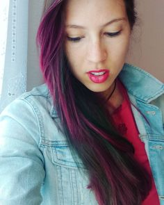 Dark pink and green on light brown hair without bleaching