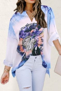 Gradient Floral Print Paneled Casual V-neck T-shirt - Diorer Floral Tops, Floral Prints, Thing 1, Work Casual, Types Of Sleeves, Printed Shirts, Blouses For Women, V Neck T Shirt, Going Out