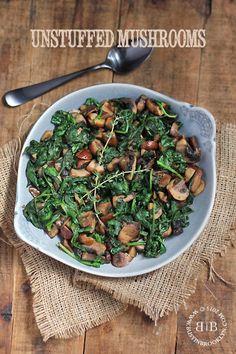 Healthy unstuffed mushrooms with spinach, chestnuts and white wine