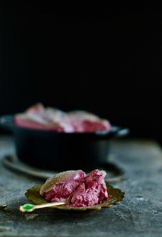 Esta sobremesa está para o cor-de-rosa como o sonho está para o doce. Queremos sempre mais