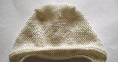 Вяжем спицами простейший чепчик для новорожденного. Пошаговый МК с фото.