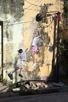 Ernest Zacharevic #streetart jd
