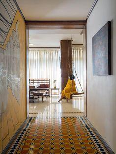 Indian Interior Design, Indian Home Design, Indian Home Decor, Interior Ideas, Kerala Architecture, House Architecture, Indian Interiors, Design Palette, Indian Homes