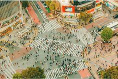 """自分が住んでいる街の見慣れた光景が、別の場所から訪れた人の目にはとても魅力的に映ることも。 そうした「外からの」視点を借りることが、自分の周りにあるものを改めて見直すきっかけになったりします。 メルボルンを中心に活動する写真家のBen Thomasさんは、""""Tokyo""""の街に違った角度から光を当てています。 写真の一部..."""
