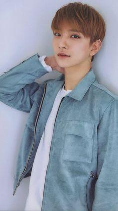 """i'm seventeen's gentleman, joshua"" © jeongfuxk 2018 Woozi, Wonwoo, Jeonghan, Seungkwan, Joshua Seventeen, Seventeen Debut, Seventeen The8, Chris Brown, Vernon"