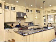 white glazed kitchen cabinets pictures   How to make Glazed White Kitchen Cabinets with hanging lamps