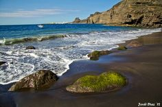 Playa de Guayedra.Agaete.Gran Canaria. Tenerife, Canario, Beautiful Places In The World, Canary Islands, Sailing, Places To Visit, Africa, Landscape, Water