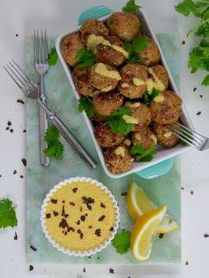 Mausteiset broilerpyörykät Potato Salad, Healthy Recipes, Healthy Food, Curry, Food And Drink, Ethnic Recipes, Healthy Foods, Curries, Healthy Food Recipes