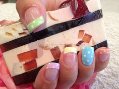 Pastel polka dot nail art. Would b cute for Easter!
