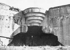 Paul Virilio: Bunker Archaeology