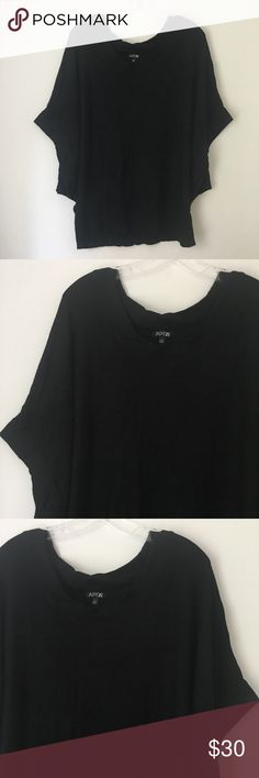 """SEXY SMOOTH SOFT PONCHO THIN SWEATER SHIRT TOP !! Silky SOFT Smooth Thin Knit Dolman Bat Wing Square Poncho Kimono Short Partial Sleeve Flowy Blouse Sweater Shirt Tee Top Black Goth Gothic Punk Rock Biker Emo Scene Alternative Grunge Witchy Festival Halloween 