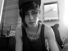 boys with tattoos >> Cute Emo Guys, Hot Emo Boys, Emo Love, Cute Boys, Scene Guys, Emo Scene, Scene Hair, Punk Guys, Goth Guys