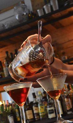 Martinez Cocktail Recipe: - 2 Dashes Orange Bitters - 1 1/2 oz Gin - 1/2 oz Sweet Vermouth - 1/4 Maraschino Glass: Chilled Cocktail/ Martini Ice: None Method: Stir and julep strain Garnish: Lemon zest