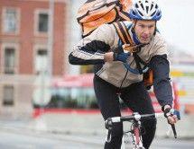 Stadtbote als Fahrradkurier – die Alternative: Mit dem Fahrradkurier zuverlässig ans Ziel versenden PackLink sucht mit seinen Partnern ständig nach neuen Möglichkeiten, Ihre Pakete jederzeit pünktlich ans Ziel zu bringen. Oft verhindern Staus, fehlende Parkplätze und lange Laufstrecken die schnelle Auslieferung der Sendung.