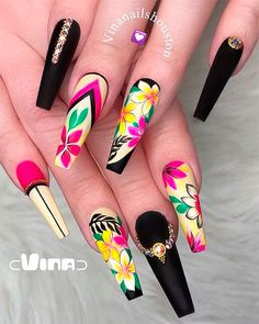 Best Nails Ideas for Spring 2019 If you are searching for cute nail colors for spring and beautiful spring nail designs then check our Stylish nails especially Floral nails and butterfly nails. Cute Nail Colors, Cute Nails, Pretty Nails, Nail Swag, Fabulous Nails, Gorgeous Nails, Black Coffin Nails, Best Acrylic Nails, Ballerina Nails