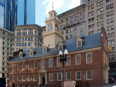 If you win #HGTVUrbanOasis, there are tons of historic tours to enjoy. Visit the Old State House. It was the center of Boston in the 18th century and is home to some of the most historic events in the leadup to the American Revolution. >> http://www.frontdoor.com/photos/popular-landmarks-and-attractions-in-boston?soc=pinterest