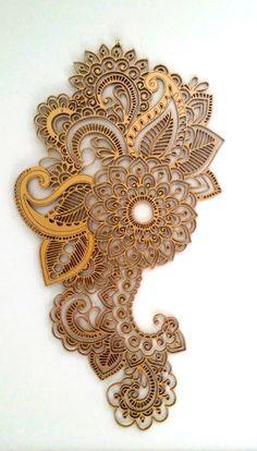 Hölzerne Gold Mandala Wandbehang artwork