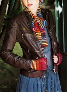 Des accessoires d'hiver tricotés en bambou, rayures, arc en ciel, couleurs / Winter accessories, scarf and mitts, knit in bamboo