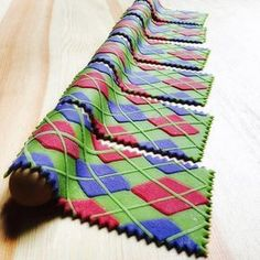 Fact: if you make a pasta dish using argyle-patterned noodles, it will taste better. Ok, maybe not, but you'll be getting your peas, parsley, beets, & herbs in, & in this case, healthy is also delicious. Related: can we PLEASE bring #argyle back, already? ❤️ this pattern. Gnocchi Dishes, Pasta Dishes, Food Dishes, Chocolate Pasta, Rainbow Pasta, Italian Pasta Recipes, Pasta Shapes, Edible Food, Pasta Noodles