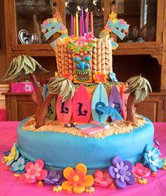 Hawaiian Luau Cake to celebrate my granddaughter's 9th Birthday.