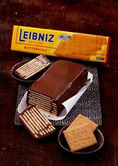 Our classic cold dog recipe with crispy LEIBNIZ shortbread. Here you will find all the ingredients to try yourself! Our classic cold dog recipe with crispy LEIBNIZ shortbread. Here you will find . RAN suhailRN Healthy chocolate cake Our classic c Easy Cheesecake Recipes, Dessert Recipes, Desserts, Food Cakes, Dog Recipes, Sandwich Recipes, Healthy Chocolate, Chocolate Cake, Classic Cheesecake