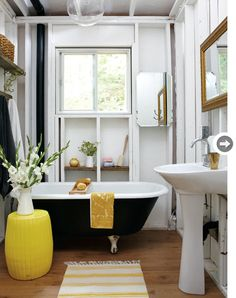 Black and Yellow Bathroom - Cottage - bathroom - Style at Home Black White Bathrooms, Yellow Bathrooms, House Styles, Black Bathroom, Bathroom Style, Beautiful Bathrooms, White Rooms, Cottage Bathroom, Bathroom Design