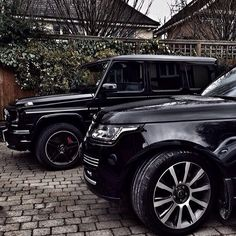 Mercedes G63 AMG Range Rover! OMG yes! What my drive way will one day look like with these two beauties!