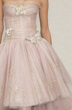 queenbee1924:  Chanel Couture Spring 2003   ♥Chanel love 2 ♥