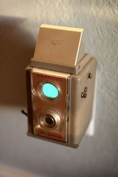 vintage camera nightlight - spartus six-twenty by jayfish, via Flickr