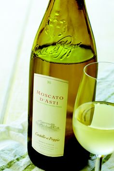 1000 images about liquor i like on pinterest moscato wine wine and moet chandon for Castello del poggio moscato olive garden