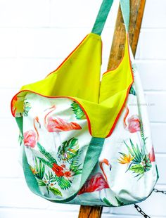 Sewing instructions and pattern: Heinrich shopping bag , Handmade Handbags, Handmade Bags, Diy Bags Tutorial, Sewing Circles, Diy Handbag, Polka Dot Fabric, Green Fabric, Fashion Handbags, Couture