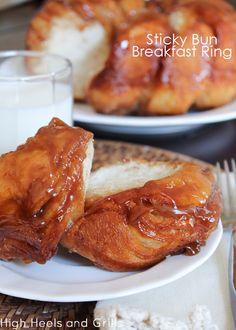 Easy, yummy, breakfast idea. #recipe http://www.highheelsandgrills.com/2013/07/sticky-bun-breakfast-ring.html