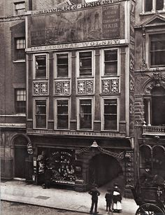 Late Century The post Fleet Street London. Late Century appeared first on street. Victorian London, Vintage London, Old London, London City, Victorian Street, Victorian Era, London 1800, Old Pictures, Old Photos