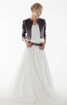Sensual and aerial style wedding dress, leather jacket - Orlane Herbin dress - Morrison model Luxe Wedding, Casual Wedding, Wedding Jacket, Bridal Outfits, Bridal Looks, Jacket Style, Dress Codes, Wedding Styles, Gowns