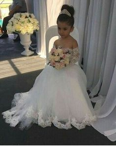 Cute Long Sleeves Ball Gown Flower Girl Dresses with Bow 2018 Cute Flower Girl Dresses, Tulle Flower Girl, Girls Dresses, Formal Dresses, Wedding Attire, Wedding Gowns, Bridal Dresses, Bridesmaid Dresses, Pageant Gowns