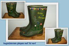 Il fallait y penser : customiser ses bottes de pluie avec de la peinture DIAM'S 3D !