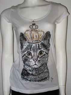Hand painted top Princess cat  top100 % cotton  blouse Embellished white top