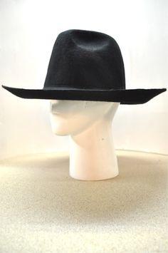 http://www.mk2uk.com/collections/mingili/products/brimmed-hat-3-mingili