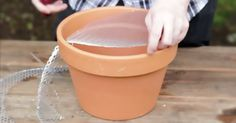 Make A Mini Grill For Impromptu Backyard Barbecues With This Clay Pot Trick