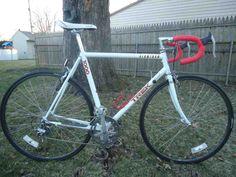 Trek 1000 Road Bike for Sale Trek Road Bikes, Road Cycling, Buy Bike, Mountain Bike Shoes, Road Bike Women, Bicycle Maintenance, Cool Bike Accessories, Bike Reviews, Bikes For Sale