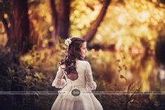 Ainhoa. Comuniones 2017. Sensuum Boutique Fotografo infantil Merida Fotografia Social, First Communion, Conception, Merida, Sewing Projects, Photos, Dresses, Templates, Girl Poses