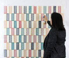 Simple Strips Quilt Along – Spray Basting Tutorial – Christa Quilts Quilting Classes, Quilting Tips, Quilting Tutorials, Quilting Projects, Strip Quilts, Easy Quilts, Basting A Quilt, The Quilt Show, How To Finish A Quilt