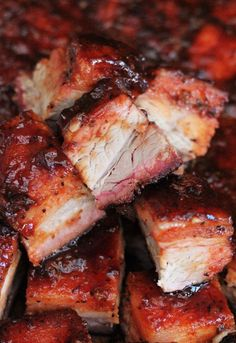 BBQ Smoked Pork Belly is my favorite meat in barbecue. All of the luscious smoky flavor of good slow barbecued pork and dripping with finger lickin' juices. Grilling Recipes, Meat Recipes, Venison Recipes, Sausage Recipes, Pork Belly Recipes, Chicharrones, Smoking Recipes, Smoked Pork, Barbecue