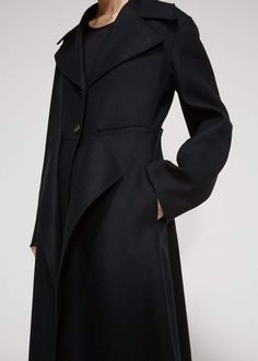 Marni Women's Cashmere Overcoat in Black Size 42 Wool/Polyamide Casual Wear, Casual Dresses, Cashmere Wool, Marni, Clothes For Women, Long Sleeve, Sleeves, How To Wear, Jackets