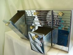 Retro kitchen storage: Art Deco Chrome Canister Box