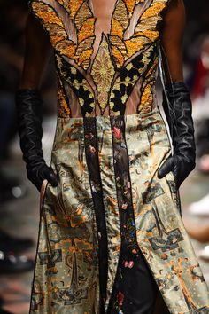 Bashaques' Runway - Mercedes-Benz Fashion Week Istanbul Autumn/Winter 2016