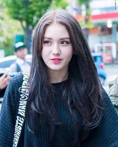 Image about icons in Jeon Somi by AMI on We Heart It K Pop Idol, My Idol, Kim Sejeong, Jeon Somi, Beautiful Asian Girls, Ulzzang Girl, Korean Singer, Kpop Girls, Korean Girl