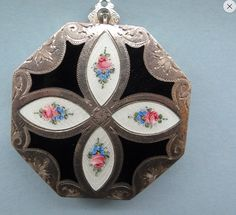 Vintage Guilloche Sterling Silver and Enamel Compact Art Deco 1920'S ❤❤❤