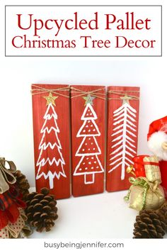 I love to get creative this time of year and add new DIY holiday decor to the mix… like this Upcycled Pallet Christmas Tree Decor! Pallet Christmas Tree, Christmas Wood, Christmas Tree Decorations, Christmas Projects, Simple Christmas, Handmade Christmas, Christmas Crafts, Christmas Ornaments, Holiday Decor
