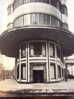 Entrada al edificio Capitol. 1930.